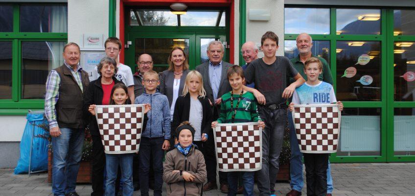 Fa. Kieninger fördert unsere Schachjugend